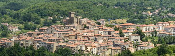 Borgo medievale di Arcidosso per vacanze in Toscana