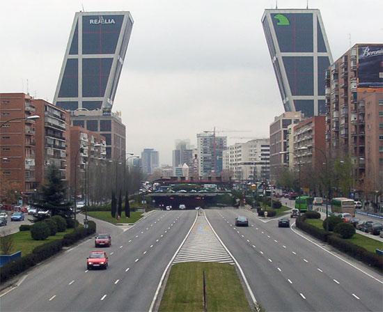 Madrid il Paseo de la Castellana