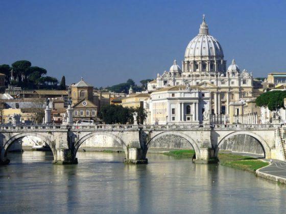 Basilica di San Pietro dal Tevere