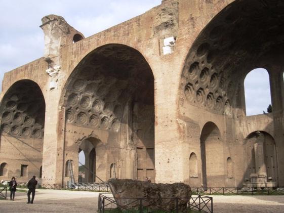 Roma basilica massenzio