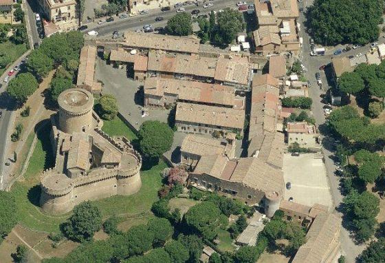 Roma borgo di Ostia antica