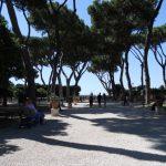 Roma vista dal Giardino degli Aranci il terrazzo sull'Aventino