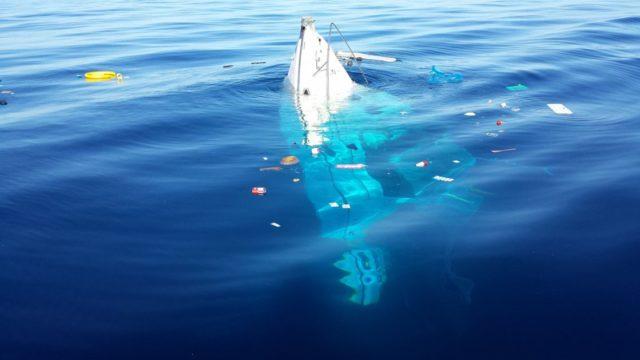Lu Bagnu barca affonda