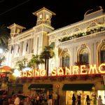 Sanremo profuma di fiori, incanta con il Festival e diverte con il casinò