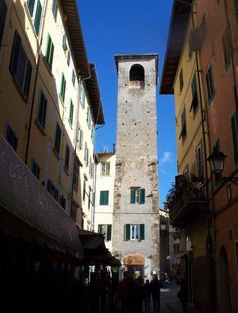 Gli edifici medievali di Pisa Torre del Campano