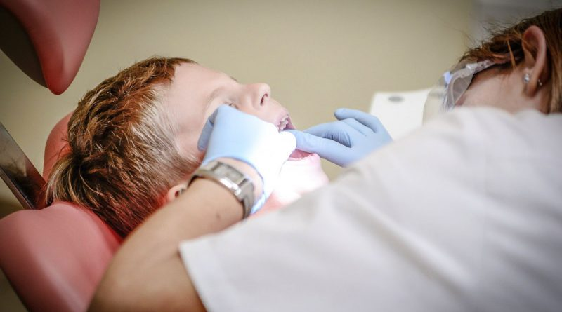 Odontoiatria-pediatrica-perche-importante-studio-dentistico-dottor-gola-dentista-casteggio-1