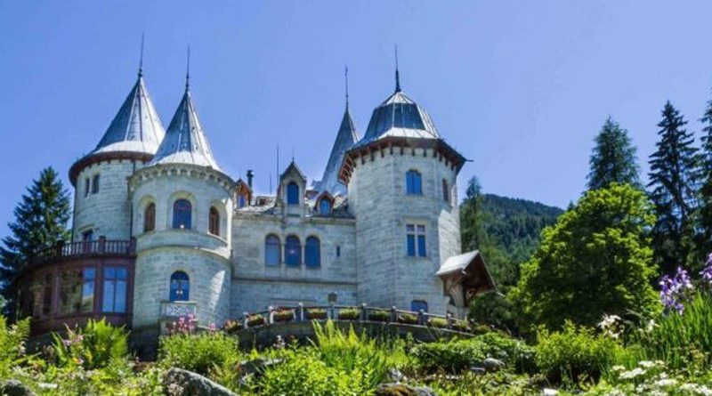 castelli e siti valdostani - castel savoia gressoney