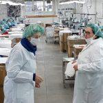 Dall'alta moda alle mascherine, azienda abruzzese si trasforma e resiste alla crisi coronavirus