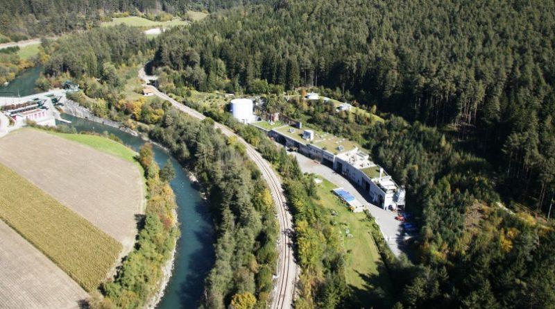 L'area del depuratore IDA Tobl, a San Lorenzo di Sebato, su cui sorgerà l'impianto di trattamento dei fanghi (Foto: ARA Pusteria SPA)