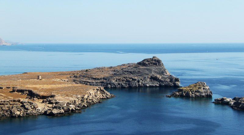 isola di Rodi - Foto di Emilia_Baczynska da Pixabay